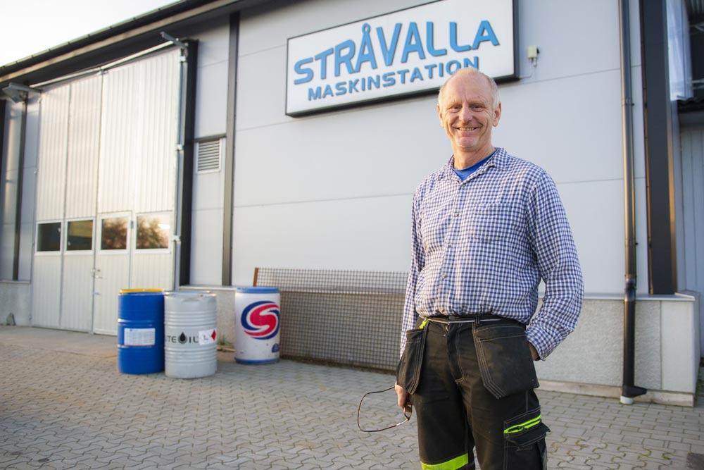 Stråvalla Maskinstation AB grundades 1985 och drivs av Sven-Olof och Per-Erik Johansson med tjugo anställda