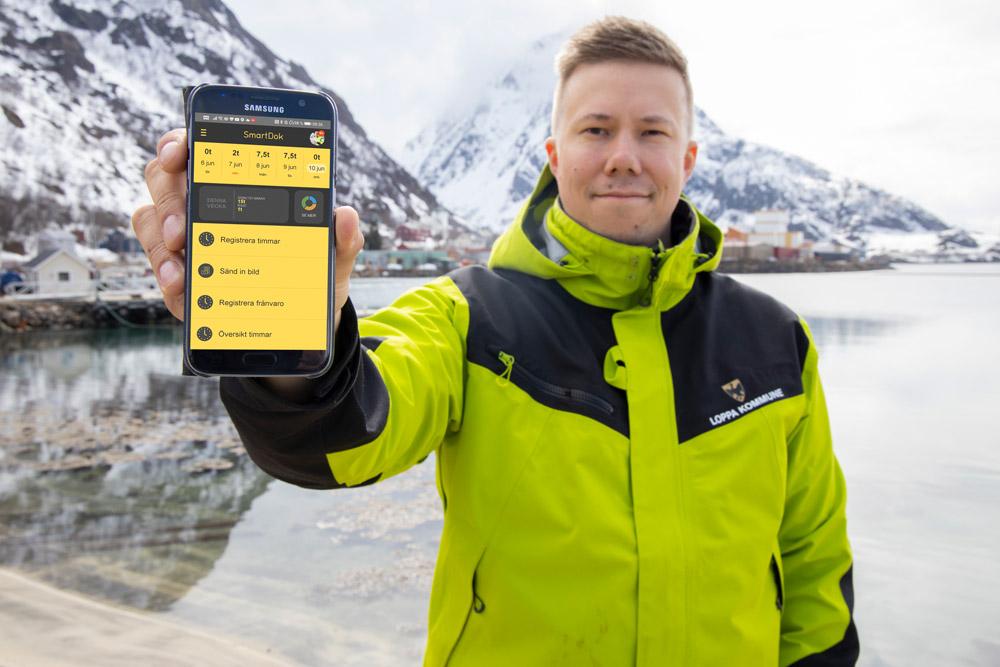 Kenneth André Johannessen är driftchef i norska Loppa kommun, och jobbar primärt med det administrativa, vilket innebär personalansvar och resursstyrning.