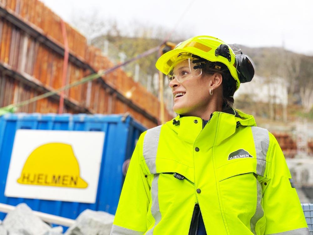 Få branscher fokuserar på planering och dokumentation i samma utsträckning som oljebranschen. Marit Vossgård har tagit med sig dessa erfarenheter in till jobbet som vd för den norska anläggningsfirman Hjelmen AS.
